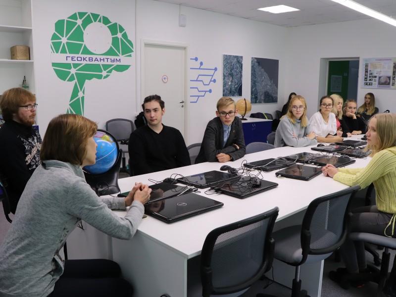 «ИнтерАктивная история» в гостях у кванторианцев
